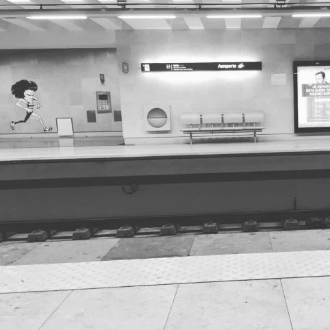 Lisbon, Portugal, Lisboa, travel, kids, weekend, city break, holiday, Europe, travel blog, travelogue, Pasteis de Nata, Pasteis de Belem, custard tart, happiness, Airbnb, Easyjet, travel bug, wanderlust, food, drink, azulejos travel gifts.