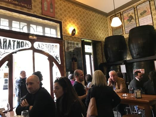 Café San Jaume, El Carmen, Agua de Valencia, Cava, Paella, Arroz, Ubik Café, Russafa, Ruzafa, Bodega LaPeseta, Bodega Casa Montaña, Cabanyal, Valencia, Spain, España, tapas, eating, drinking, books, bookshop, food, drink, café, bar, local, music, people, travel, travel with kids, language, family travel, wanderlust, travel bug, traveling, blog, travelogue.