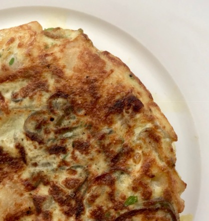 tortilla, tortilla de patatas, Spain, Spanish cooking, cooking, home cooking, kitchen, tapas, eggs, travel, good food, recipe