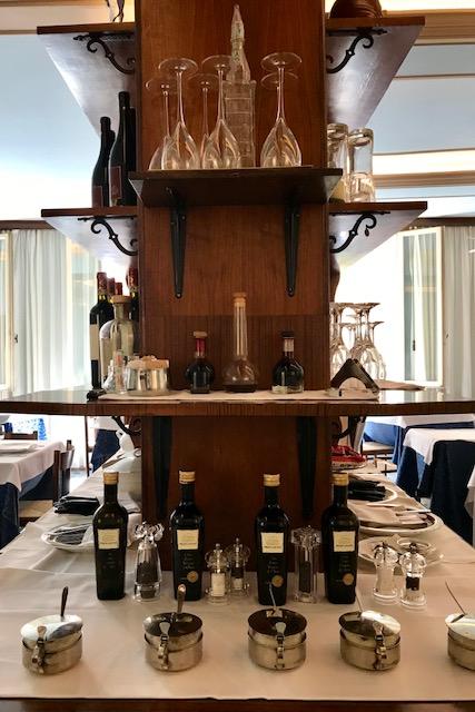travel, Ristorante da Enzo, Modena, Emilia Romagna, Italy, Bologna, pasta, Aceto Balsamico de Modena, Parmigiano Reggiano food, wine, vino, lunch, restaurant