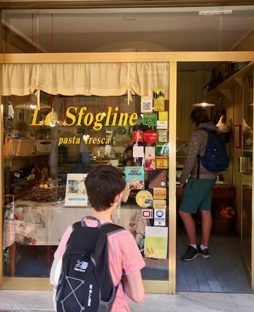 travel, le sflogine, sfoglina, Bologna, Emilia Romagna, Italy, tortellini, Parmigiano Reggiano, food, wine, rick stein